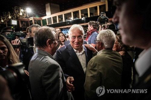 포르투갈 사회당 총선 승리… 우파 포퓰리즘 영향 못미쳐